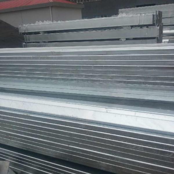镀锌方矩管钢多少钱